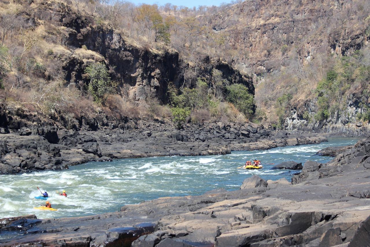 Zambezi - Plavba na kanoích