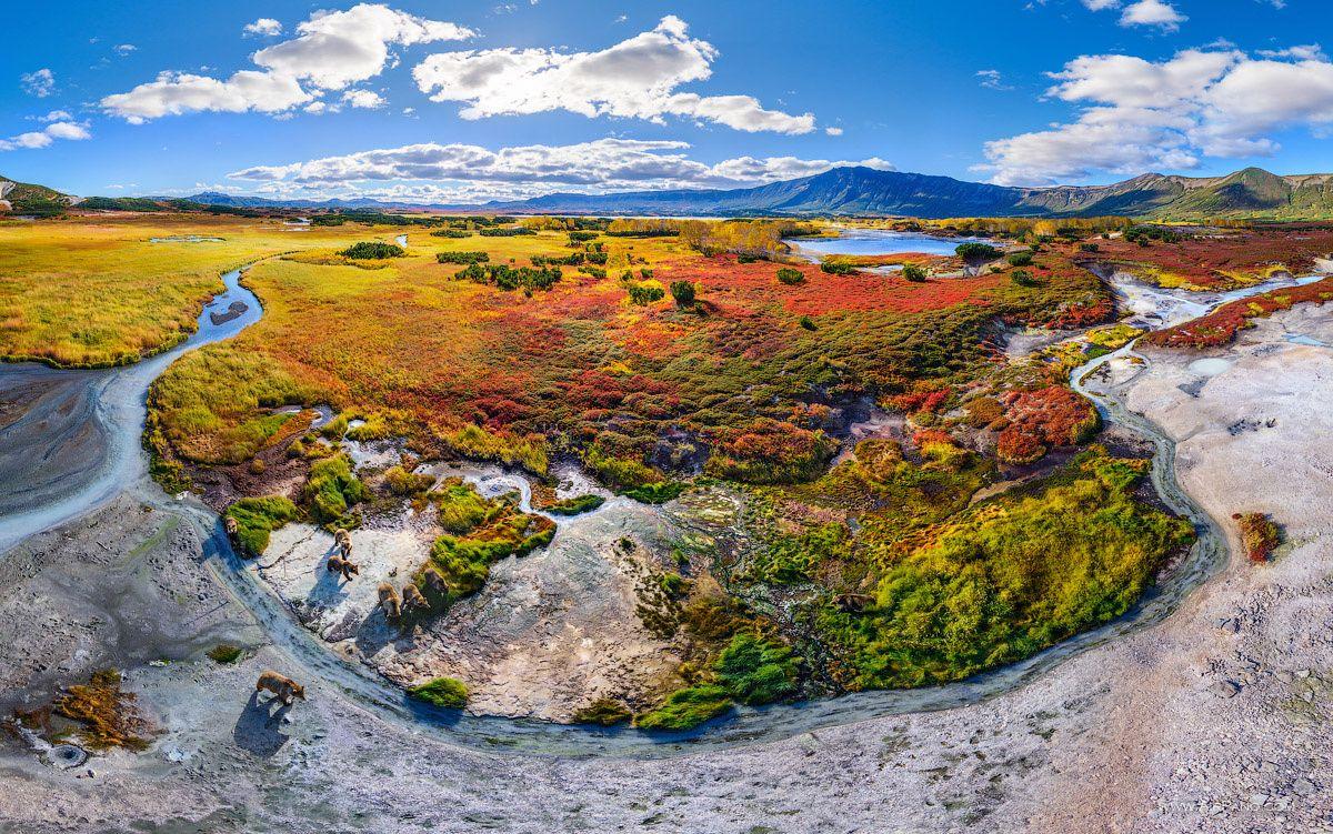 Helikoptérou do údolí gejzírů a Uzonské kaldery
