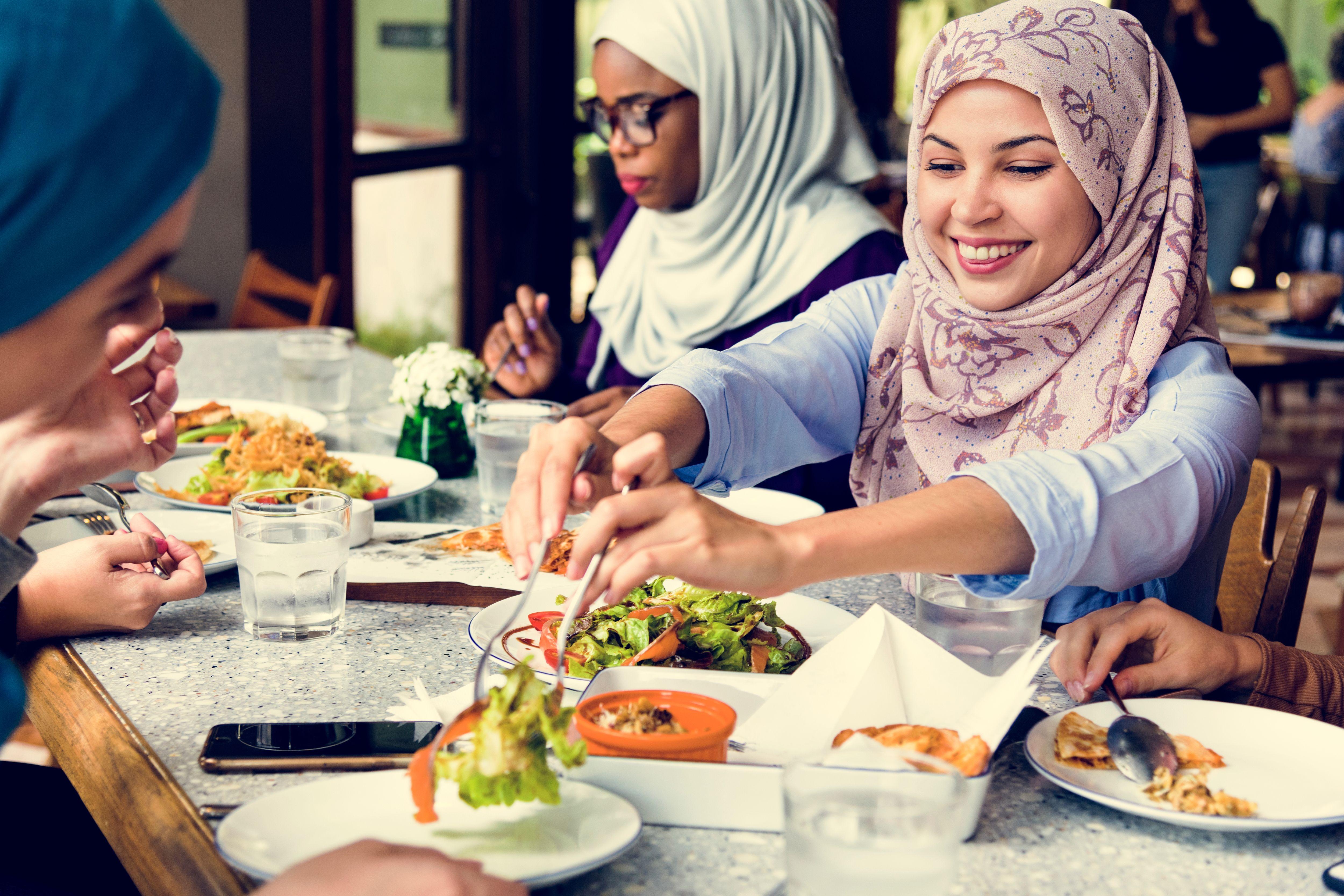 ženy v Dubaji