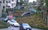 Autoslalom na kopci se sklonem 27 %: Podívejte se na nejklikatější ulici Ameriky