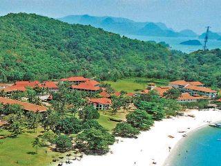 Holiday Villa Beach Resort ****, Langkawi