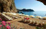 Kam v květnu? Třeba k moři, i luxusní dovolené jsou výrazně levnější než v hlavní sezóně