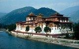 Kam utéct před globalizací? Do tajemného Bhútánu, země hřmícího draka