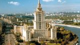 Kam v červnu? Vyrazte na víkend do Moskvy, na Lenina i Stalinovy katedrály