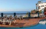 Madeira: To je ostrov s perfektním letním počasím, kde se ale v létě i sáňkuje