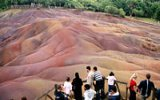 Nejtajemnější místo Mauritia je Chamarel: Země tu má sedm barev a nevíme proč