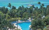 Ostrov Aruba láká na celoroční léto a plavby ponorkou okolo korálů