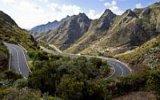 Silnice smrti: Kde leží pět nejšílenějších cest světa? V Číně i v Alpách