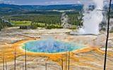 Zamrzlé vodopády, gejzíry a žádní turisté. Prozkoumejte krásy Yellowstone v zimě