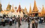 Zlato a diamanty. Pagoda Shwedagon je jednou z nejdražších staveb planety
