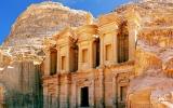 Růžové město lidé na 600 let opustili, teď patří mezi sedm divů světa