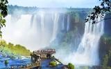 Úžasná Brazílie šokuje i nadchne: Kam na operu uprostřed pralesa a kde je opuštěné město