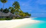 """Zakázané ostrovy: Patří mezi ně karibské ráje pro vyvolené, ale i """"ostrovy prehistorie"""""""