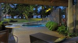Beach Front Suite with Pool-2