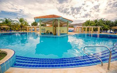 naviti_varadero_pool bar
