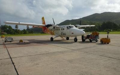 Vnitrostátní letiště na Praslinu a pravidelní linka Air Seychelles Mahé - Praslin | Seychely Pralin