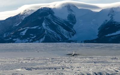 Union Glacier Camp - přistání