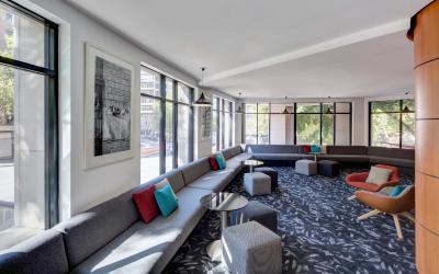 travelodge-hotel-sydney-hotel-lobby-lounge-2016
