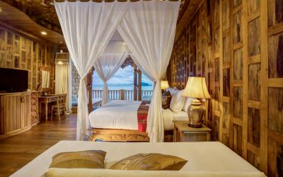 supreme_deluxe_sea_view_-bedroom