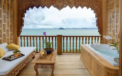 supreme_deluxe_sea_view-balcony