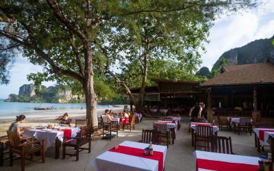 0 Sunset restaurant