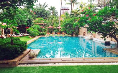 0 patong_beach_hotel_-_siam_pool_1