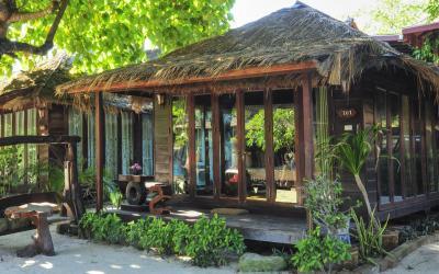 0 deluxe beach front bungalow - exterier 2