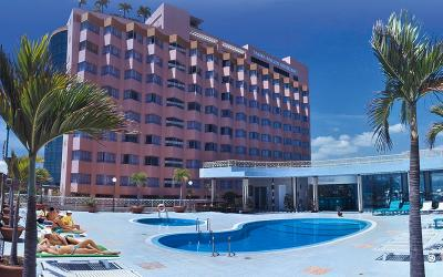 0 Yasaka-hotel-swimming-pool-01