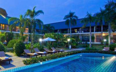 swimming-pool-pattaya