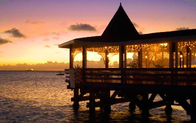 halcyon_cove_warri_pier_sunset1_36142751482_o