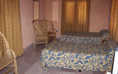 Dos Mares room