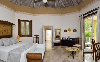 Luxury Junior Suite Royal Service