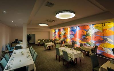 hlavni restaurace4