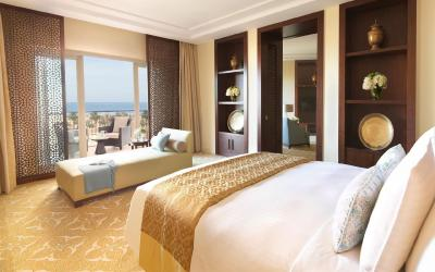 The Ritz Carlton Dubai - One Bedroom Suite
