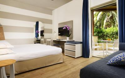 Triple Villa De Luxe