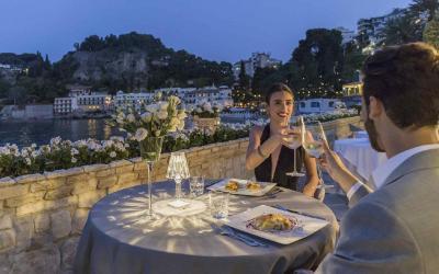Mazzaro_Sea_Palace_restaurace s výhledem na záliv