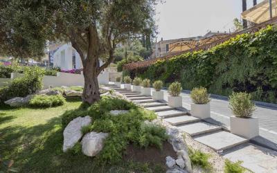 Mazzaro_Sea_Palace_zahrada