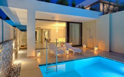 pokoj s privátním bazénem