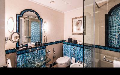 dxbhg-bathroom-0066-hor-wide