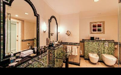 dxbhg-bathroom-0086-hor-wide