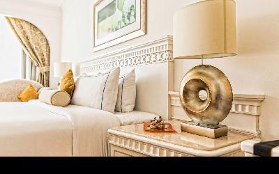 dxbhg-guestroom-0061-hor-wide