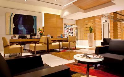 Ramada Plaza Jumeirah Beach Residence - Lobby
