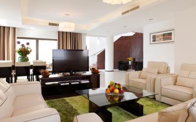 Ramada Plaza Jumeirah Beach Residence - Penthouse - obývák