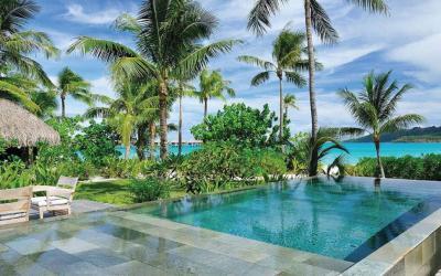Beachfront Villa - bazén