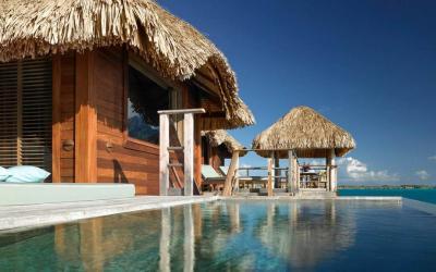 One Bedroom Otemanu Overwater Villa s bazénkem