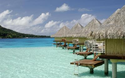 bungalovy nad vodou