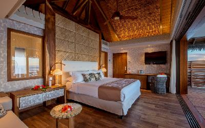 PPT Intercontinental Tahiti Motu Overwater Villa Bedroom_4.gallery_image.1