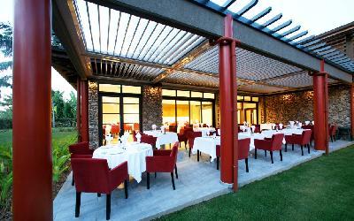 PPT Pearl Manava Restaurant Vaitohi.gallery_image.1