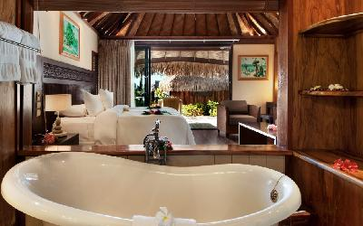 MOZ Hilton Moorea Deluxe GB with pool03.gallery_image.1