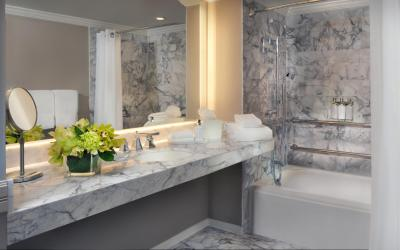 Bathroom | LA PLAYA BEACH RESORT
